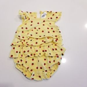 Girls 12 mo Ruffled bodysuit